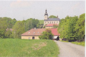 stara-skola-a-kostel.jpg